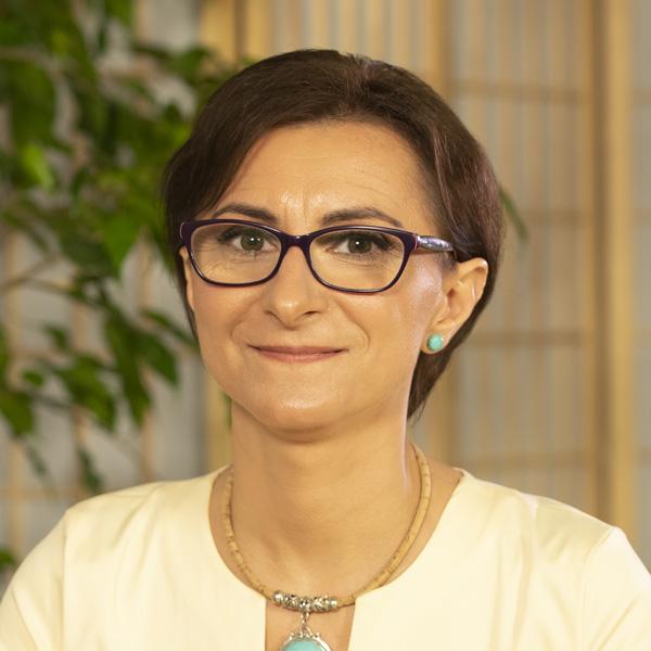 Dr. Raluca Ghionaru